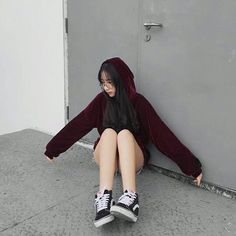 Idea: be a little princess hoodie Korean Street Fashion, Korea Fashion, Asian Fashion, Uzzlang Girl, Korean Outfits, Kids Outfits, Cute Outfits, Grunge Style, Soft Grunge