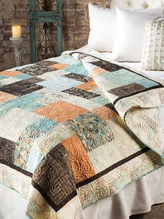 This fat quarter friendly quilt is perfect for a beginner and you won't believe how quickly it goes together. Use your favorite fat quarter collection to make this fast and easy quilt in only a weekend. Find the quilt pattern here Big Block Quilts, Lap Quilts, Quilt Blocks, Cotton Quilts, Bargello Quilts, Scrappy Quilts, Quilt Sets, Colchas Quilting, Quilting Designs