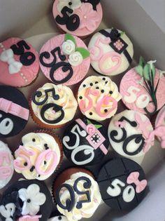 50 jaar cupcakes Tine 50 jaar | taarten | Pinterest | 50th 50 jaar cupcakes