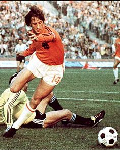 Johan Cruyff.The greatest dutch soccer player ever!!!