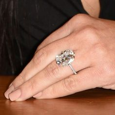 Lovely and large oval diamond ring!