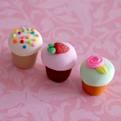 Polymer clay mini cupcakes