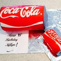 Personal and party sized coca cola cakes Coca Cola Cake, Beverages, Drinks, Cake Decorating, Personal Care, Canning, Party, Cakes, Drinking