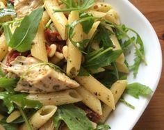 Recept 'Koude Pastasalade met gerookte kip en pesto' door Job Smetsers