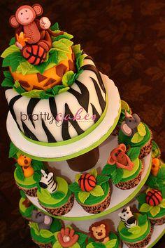 Jungle cake & cupcakes