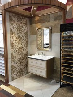 Our customer Taif Al Raki For Ceramic طيف الراقي للسيراميك has designed a new showroom with our #ceramic #tile collections!
