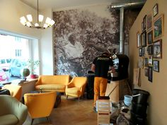 Coffee Pirates Vienna: coffee and cake hotspot. More hotspots in the Vienna City Guide on www.yourlittleblackbook.me