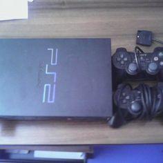 playstation-2-negre-gran-2-mandos 40 euros