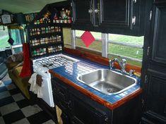 Best Kitchen Setup Ideas For Your Airstream Strailer 17 Bus Camper, Mercedes Camper, Airstream, Casas Trailer, Bus Remodel, School Bus House, School Buses, Kitchen Set Up, Kitchen Decor