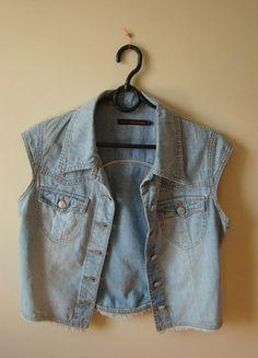 Kup mój przedmiot na #vintedpl http://www.vinted.pl/damska-odziez/marynarki-zakiety-blezery/10431423-jeansowa-katana-bez-rekawow-big-star