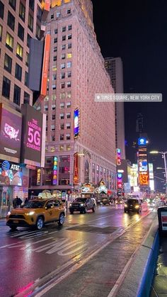 New York Life, Nyc Life, Dubai City, City Aesthetic, Travel Aesthetic, Aesthetic Style, Empire State Of Mind, City Vibe, City Wallpaper