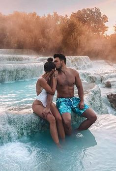 Top 30 Honeymoon Photo Ideas For Unforgettable Memories ❤ honeymoon photo ideas romantic honey moon photo elopementlove #weddingforward #wedding #bride