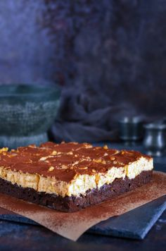 Tiramisu brownie cukormentesen – a döntésképteleneké a világ! Sweets Cake, Cookie Desserts, Fun Desserts, Sweet Recipes, Cake Recipes, Dessert Recipes, Tiramisu Brownies, Hungarian Desserts, Sugar Free Sweets