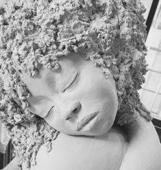 Brig Sculpture Sculpture argile chamottée. Visage jeune femme Terre cuite. Les belles endormies.