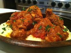 Veal Tips with Polenta.Served with some warmed,crusty country bread and a glass of wine. Italian Dishes, Italian Recipes, My Recipes, Beef Recipes, Country Bread, Beef Tips, Polenta, Winter Food, Tandoori Chicken