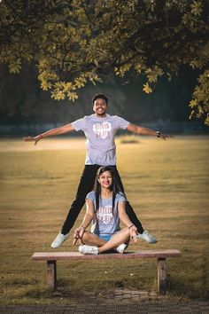"Vatsalya photo studio ""Portfolio"" album - Love Story Shot - Bride and Groom in a Nice Outfits. Pre Wedding Poses, Pre Wedding Shoot Ideas, Wedding Couple Photos, Pre Wedding Photoshoot, Wedding Pics, Post Wedding, Couple Photoshoot Poses, Couple Picture Poses, Couple Shoot"