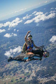 20 Most Daring Photos Taken By Most Adventurous People - bemethis 1200 Gs Adventure, Adventure Travel, Places To Travel, Places To Visit, Cool Pictures, Cool Photos, High Pictures, Funny Photos, Wow Photo