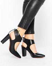 Zapatos de tacón con lazo Mona de Truffle Collection