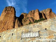 Los Mallos de Riglos (Huesca) Monument Valley, Mount Rushmore, Mountains, Nature, Travel, Zaragoza, Natural Wonders, Places, Voyage