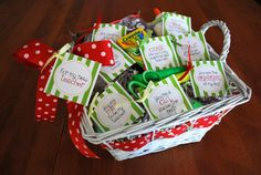 School Supplies Basket Creative Teacher Appreciation Gifts #teacherappriciation #gifts
