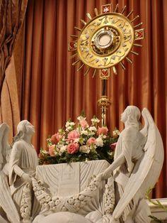 Corpus Christi / Corpo e Sangue de Cristo na Eucaristia Jesus,eu confio em Vós!