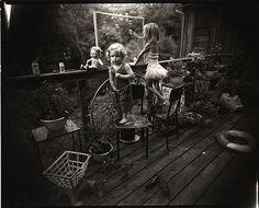 Sally Mann (American, b. Blowing Bubbles, 1987 ©Sally Mann/Courtesy of Edwynn Houk Gallery Black And White Portraits, Black And White Photography, Sally Mann Photos, Photography Portfolio, Art Photography, Vintage Photography, Amazing Photography, Sally Mann Photography, Artwork Images