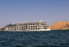 Egypt tours: 5 reasons why to book dahabiya Nile Cruise !
