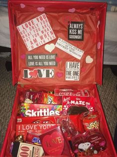 30 Awesome DIY Valentine Gifts For Your Beautiful Moment - Valentine's Day is such a special celebration for all couples - both young and old. It's meant to symbolize your love for each other and offer you a d. 30 Awesome DIY Valentine Gifts For Cute Birthday Gift, Cute Valentines Day Gifts, Valentines Gifts For Boyfriend, Birthday Gifts For Best Friend, Birthday Box, Birthday Presents, Birthday Gift Baskets, Valentines Ideas For Her, Cute Gifts For Friends