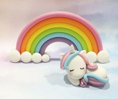 Fondant Rainbow and Unicorn Cake Topper Set 1 by CathCakeToppers