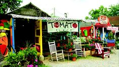 ... # The Tomato Place, Vicksburg,MS (fresh sandwiches and smoothies