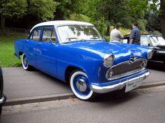 Simca_ariane_4_1960..la notre avait de plusss belles couleurs Vintage Racing, Vintage Cars, Automobile, Import Cars, Top Cars, Exotic Cars, Cars And Motorcycles, Dream Cars, Classic Cars