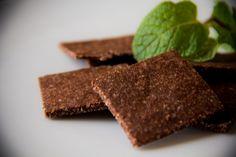 Dark Chocolate Paleo Crackers #paleo #primal
