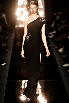 Monique Lhuillier Fall 2012 Ready-to-Wear Collection Slideshow on Style.com