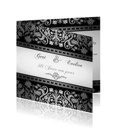 Zilveren jubileumkaarten maken bij een online drukkerij. Een prachtige uitnodiging voor uw gasten.