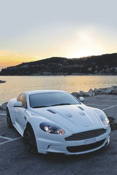 Aston Martin DBS AM