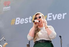 Kelly Clarkson Pregnancy: Is 'Piece By Piece' Singer...: Kelly Clarkson Pregnancy: Is 'Piece By Piece' Singer Past Her Due Date?…