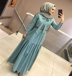 Cute Clothes For Women Abaya Fashion, Muslim Fashion, Modest Fashion, Fashion Dresses, Summer Outfits Women, Casual Summer Dresses, Modest Dresses, Dress Casual, Elegant Dresses