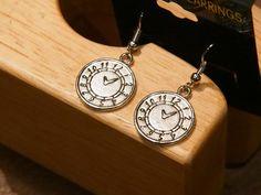 Silver Clocks by tammisknickknacks on Etsy