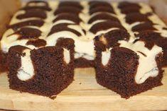 Na moim stole...: Poduszkowiec czyli ciasto czekoladowe z serem Calzone, Muffin, Cookies, Breakfast, Asia, Food, Dressing Table, Google, Dessert Ideas