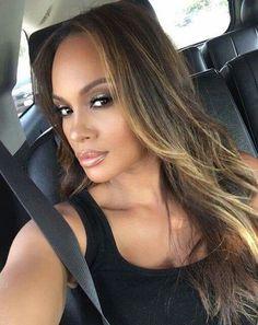 Evelyn Lozada ♡ ♡ ♡ Evelyn Lozada, Family Nurse Practitioner, Puerto Ricans, Beauty Bar, Celebrities, Hair Styles, Beautiful, Maya, Summer