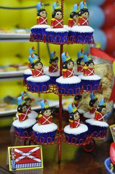 Cupcakes   Soldadito de Plomo  Soldadinho de Chumbo  Little Tin Soldier