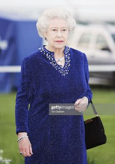 HRH Queen Elizabeth II in caftan style dress arrives for a party/dinner at the Royal Windsor Horse Show on May 2006 in Windsor, England. Get premium, high resolution news photos at Getty Images Elizabeth Queen Of England, Elizabeth Philip, Princess Elizabeth, Princess Eugenie, Princess Victoria, Queen Elizabeth Ii, Hm The Queen, Royal Queen, Her Majesty The Queen