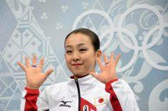 ソチ五輪のフィギュアスケート女子フリーで演技を終えた浅田真央。フリー自己ベストとなる142.71点で、合計198.22点を記録した(2014年02月20日) 【AFP=時事】