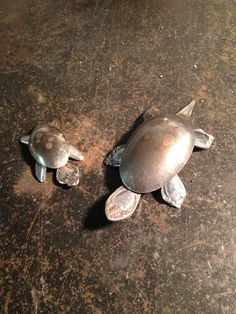 Welded old spoon mama and baby turtles.