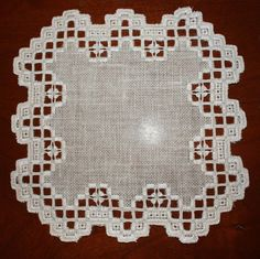 Altar Cloth, Hardanger Embroidery, Crochet Chart, Bargello, Cross Stitching, Needlework, Diy And Crafts, Farmhouse Rugs, Cross Stitch