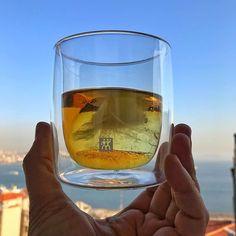 Viski bardakları koleksiyonuma eklediğim son parça çift cidarlı bir tumbler olan Zwilling Sorrento Değerlendirme yazım sitede link profilde Latest addition to my whisky glasses collection Sorrento series of Zwilling offers double walled whisky tumblers Alcohol Glasses, Cheer Stunts, Cool Items, White Wine, Wine Glass, Alcoholic Drinks, Beer, Sorrento, Barrels