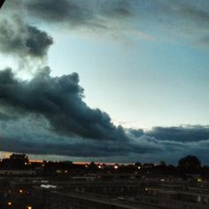 """Dark clouds aproaching #clouds #sky #city #leiden #netherlands #europe #dark #rain #redsky #red #stad #blue #street #regen #wet #nat #outside #autumn…"""