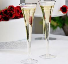 Trumpet Wedding Toasting Flutes Set #theweddingoutlet