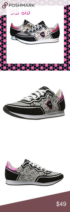 Skechers Originals Women's Retros OG 98 Sneakers ✔Welcome to your wild side! These Skechers Originals Women's Retros OG 98 Classy Kicks Fashion Sneakers in Leopard Love are the perfect throw-back shoes with a modern twist. ✔Features: flexible sole, lightweight, advanced comfort technology.  ✔Material: synthetic, rubber sole  ✔Color: Black, Pink, Silver, White  ✔Size: US 9M, EUR 39  ✔Condition: Brand New, manufacturer packaged and sealed. Skechers Shoes Sneakers