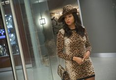 Pop Culture Halloween Costume Ideas 2015 - If you're still undecided about the best Halloween outfit, take a took at some of the most inspired costumes that will definitely make an impact this year. Serie Empire, Empire Cast, Empire Fox, Cookie Lyon, Empire Season, Lee Daniels, Taraji P Henson, Top Stylist, Newest Tv Shows